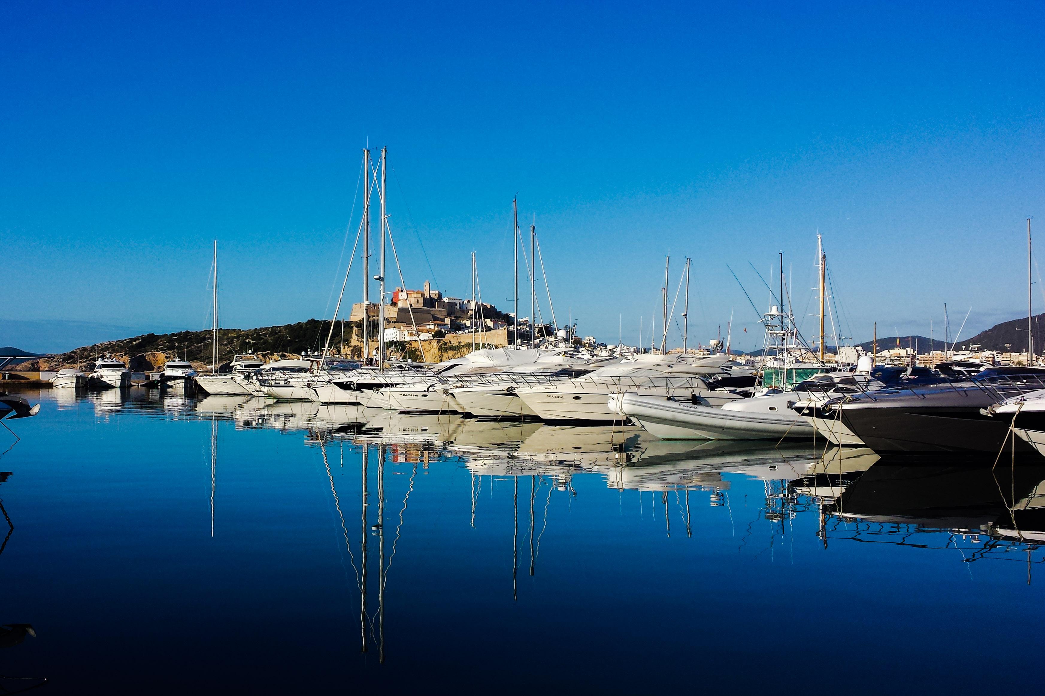 Ibiza town marina botafoch ibiza spotlight - Hotel el puerto ibiza town ...