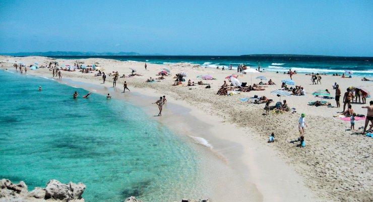 Nude Girls Ibiza