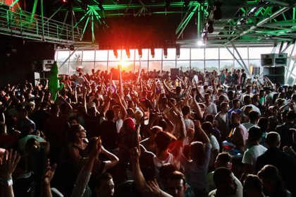 Solid Grooves heads to Vista Club