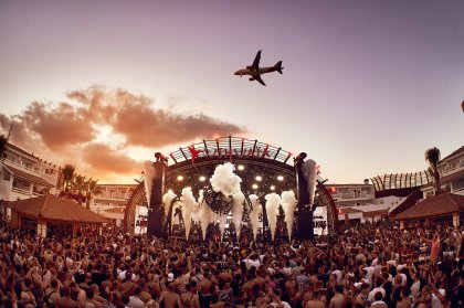 ANTS takes over Ushuaïa's closing with giant line-up