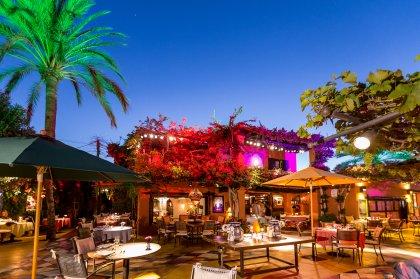 Las Dos Lunas Restaurant