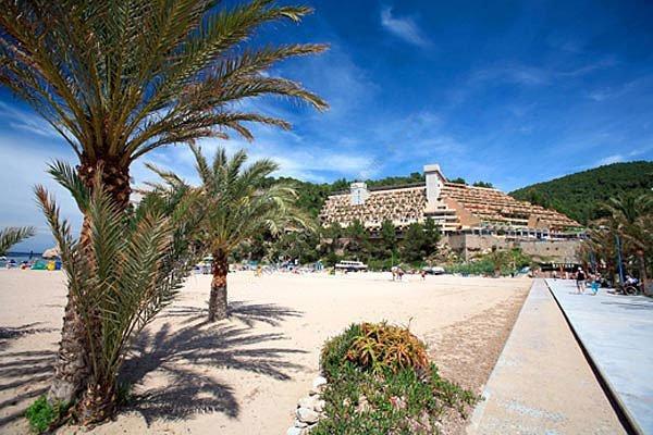 Club cartago hotel puerto de san miguel ibiza ibiza - Hotel el puerto ibiza town ...
